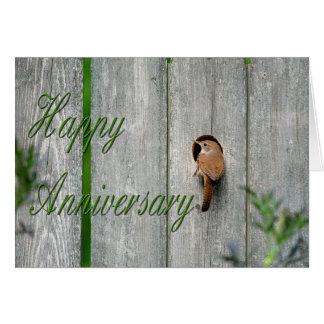 ミソサザイの庭の巣箱の春の幸せな記念日 カード