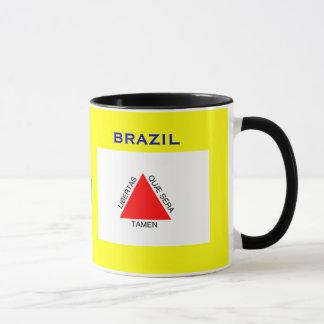 ミナスジェライス州のブラジルの旗及び頂上のマグ マグカップ