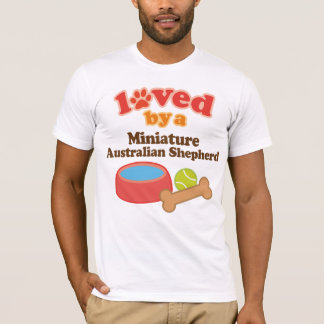 ミニチュアオーストラリアの羊飼い(犬Breeによって愛される Tシャツ