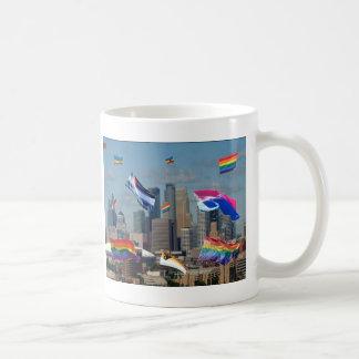 ミネアポリスのプライド コーヒーマグカップ