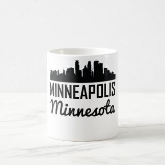 ミネアポリスミネソタのスカイライン コーヒーマグカップ
