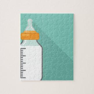 ミルクが付いている哺乳瓶 ジグソーパズル