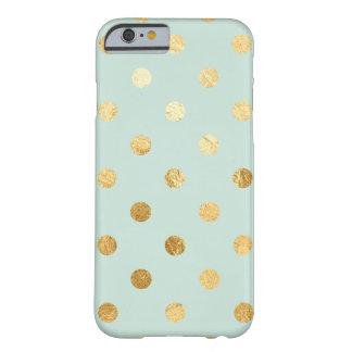 ミントおよび金ゴールドの水玉模様の電話箱 BARELY THERE iPhone 6 ケース