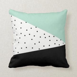 ミントおよび黒の幾何学的な枕 クッション