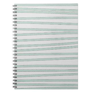 ミントはパステル調の緑の素朴なスケッチのストライプを縞で飾ります ノートブック