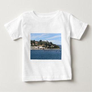 ムラサキ貝の農場とのGolfo Dei Poetiの景色 ベビーTシャツ