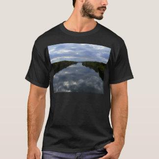 メインの川 Tシャツ