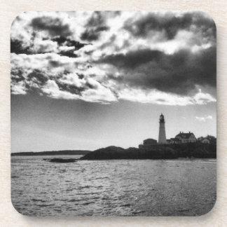 メインの灯台、黒く及び白いコースター コースター