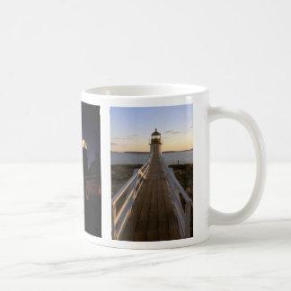 メインの灯台PemaquidマーシャルQuoddyのマグ コーヒーマグカップ