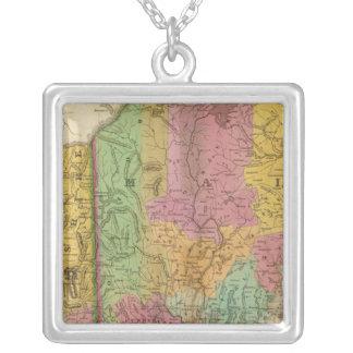 メインニューハンプシャーおよびヴァーモントの地図 シルバープレートネックレス