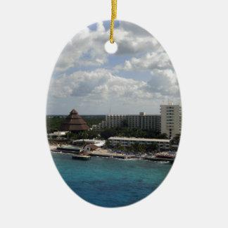 メキシコの建物および海 セラミックオーナメント