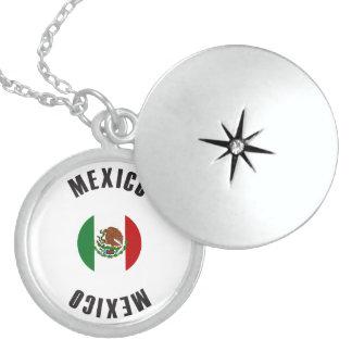 メキシコの旗の車輪 スターリングシルバーネックレス