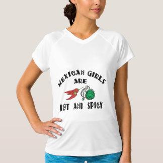 メキシコ女の子は熱い及びぴりっとする女性です Tシャツ