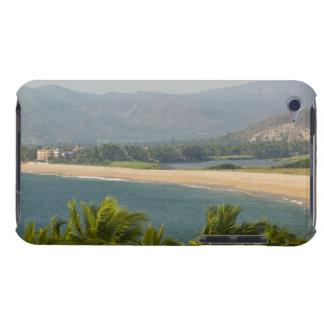 メキシコ、ハリスコ州、Barra de Navidad。 町のビーチ Case-Mate iPod Touch ケース