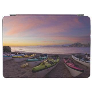 メキシコ、BajaのCortezの海。 海のカヤック iPad Air カバー