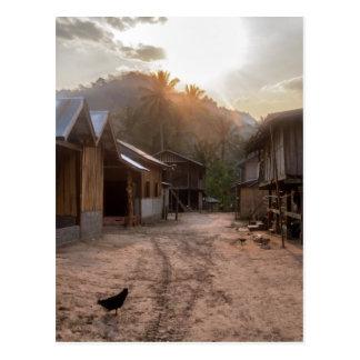 メコン川、ラオスの田園川岸の村 ポストカード