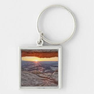 メサのアーチ、Canyonlandsの国立公園の日の出 キーホルダー