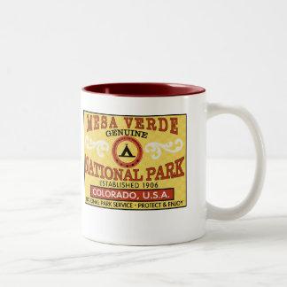 メサVerdeの国立公園 ツートーンマグカップ