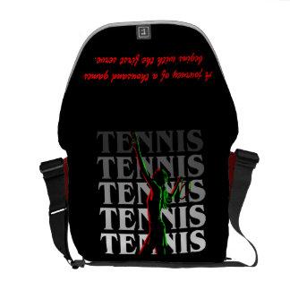 メッセンジャーバッグの女性のテニス暗闇の1つの白 メッセンジャーバッグ