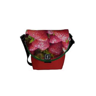 メッセンジャーバッグ-夏のいちご メッセンジャーバッグ