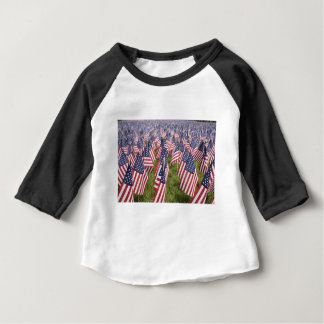 メモリアルデーの旗 ベビーTシャツ