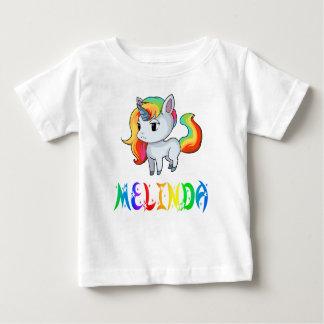 メリンダのユニコーンのベビーのTシャツ ベビーTシャツ