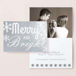 メリーで、明るい銀製の雪片のクラシックの写真 箔カード