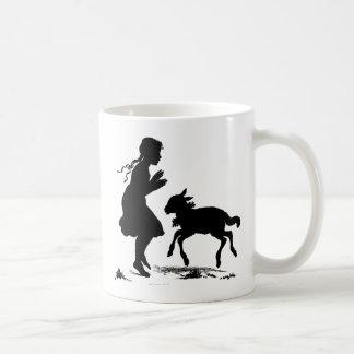 メリーに小さい子ヒツジイースターがありました コーヒーマグカップ