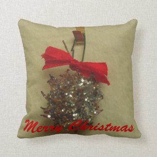 メリークリスマスのグリッターのLiquidambarのポッドの枕 クッション