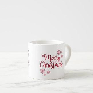 メリークリスマスの雪片のお祝いのエスプレッソのマグ エスプレッソカップ