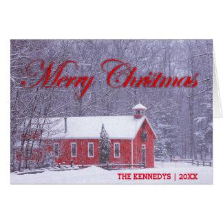メリークリスマス-降雪の古く赤い校舎 カード