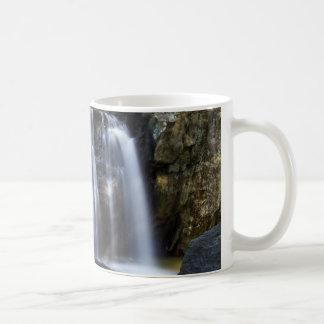 メリーランドのKilgoreの滝 コーヒーマグカップ