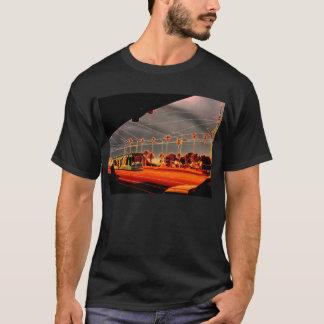 メルボルンの南端の市街電車 Tシャツ