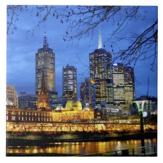 メルボルン、オーストラリア。 の夜の眺め タイル