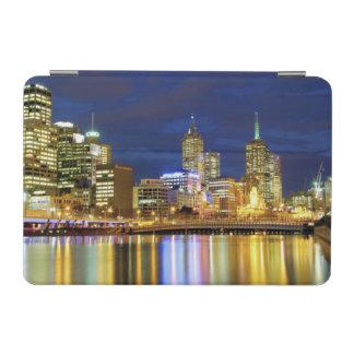 メルボルン、オーストラリア。 2の夜の眺め iPad MINIカバー