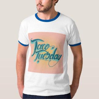 メンズティーtはタコス火曜日のためです tシャツ