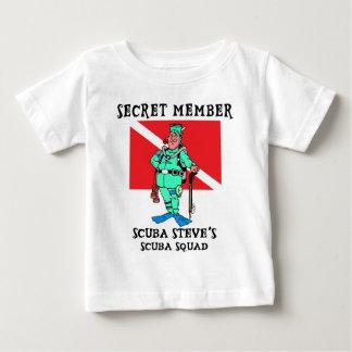 メンバーのスキューバスティーブの秘密のベビー ベビーTシャツ