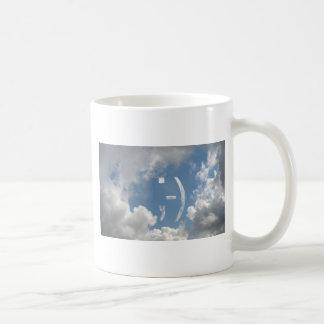 メールや文字を打つの句読点スマイリーマーク ベーシックホワイトマグカップ