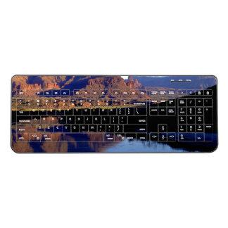 モアブユタ ワイヤレスキーボード