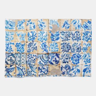 モザイクリスボンの青い装飾のポルトガルの古いタイル キッチンタオル