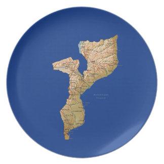 モザンビークの地図のプレート お皿