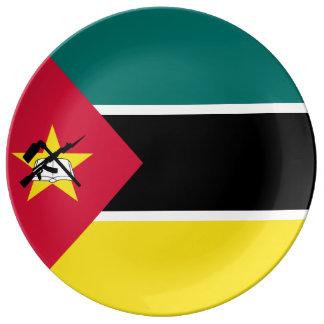 モザンビークの旗 磁器プレート