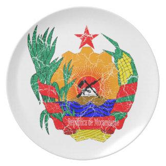 モザンビークの紋章付き外衣 ディナー皿
