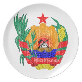 モザンビークの紋章付き外衣 プレート