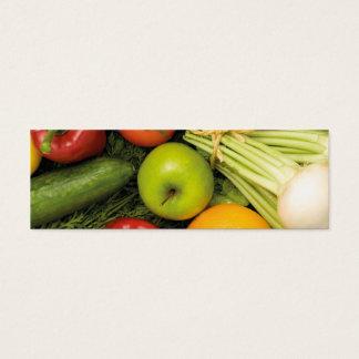 モダンでカラフルな野菜の食料雑貨の栄養士 スキニー名刺
