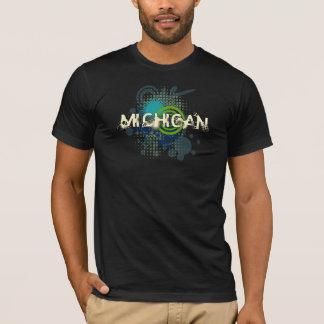 モダンでグランジなハーフトーンのミシガン州のTシャツの暗闇 Tシャツ