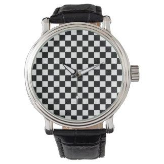 モダンでスタイリッシュなチェック模様のパターン 腕時計