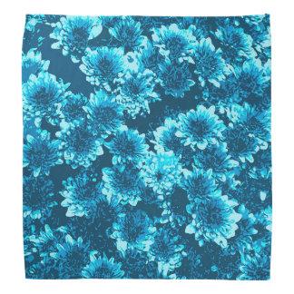 モダンで写実的なダリアパターン、藍色 バンダナ