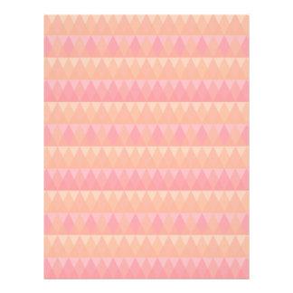 モダンで幾何学的な三角形パターン珊瑚及びピンクの芸術 レターヘッド