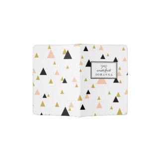 モダンで幾何学的なTrainglesパターンWanderlust パスポートカバー